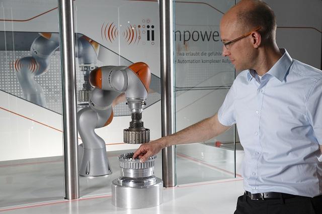 Microsoft делает промышленного робота - 1