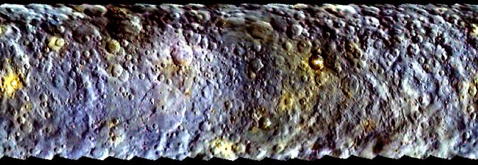 Зонд Dawn прислал цветные снимки карликовой планеты Цереры - 1