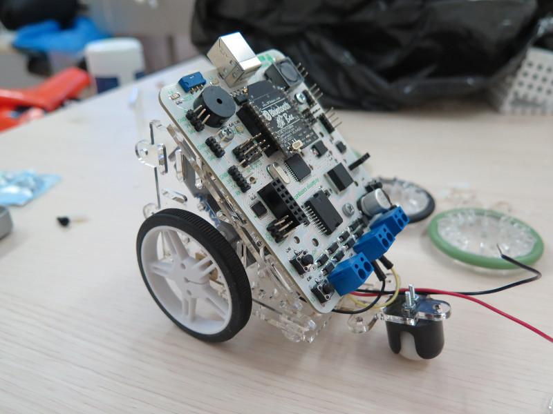 Как мы придумывали конструктор для детской робототехники. Часть 0. Акрил - 5