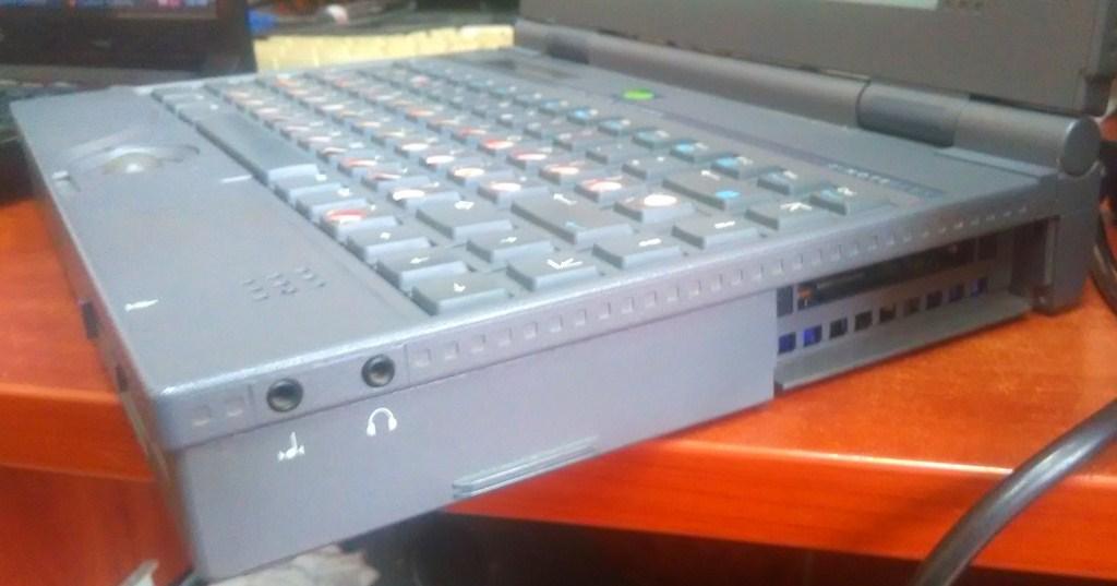 Обзор ноутбука Zenith Z-Note Flex - 10