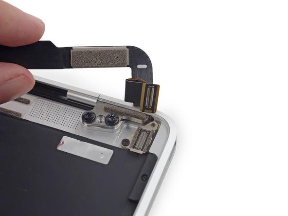 Разборка Retina Macbook 2015 от iFixit: невозможно ни отремонтировать, ни проапгрейдить - 36