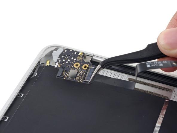 Разборка Retina Macbook 2015 от iFixit: невозможно ни отремонтировать, ни проапгрейдить - 37