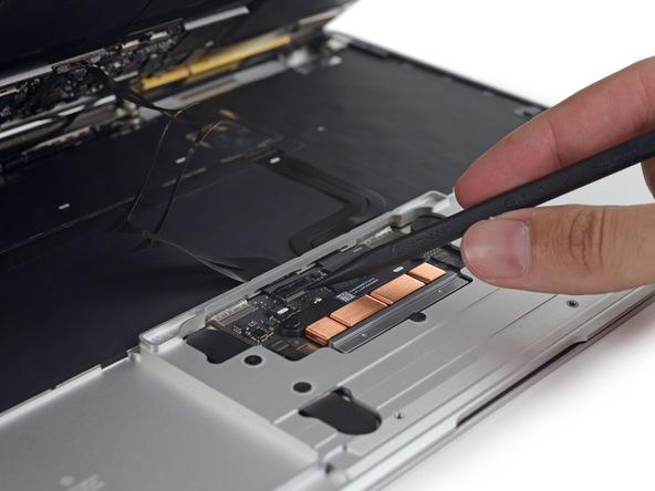 Разборка Retina Macbook 2015 от iFixit: невозможно ни отремонтировать, ни проапгрейдить - 4