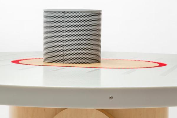 В The New York Times создали «слушающий стол» - 1