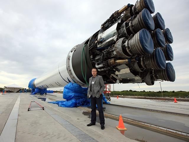 В следующий раз Falcon 9 сядет на твердую землю - 1