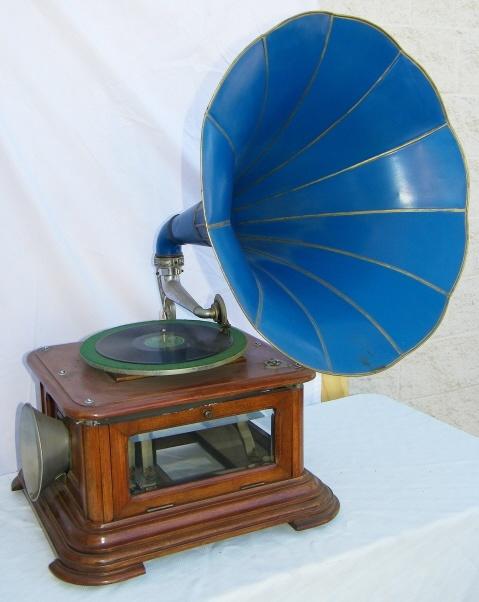 Maestrophone — граммофон с тепловым двигателем - 1