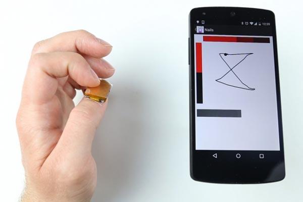 В настоящее время создатели NailO работают над уменьшением размеров сенсорного ногтя