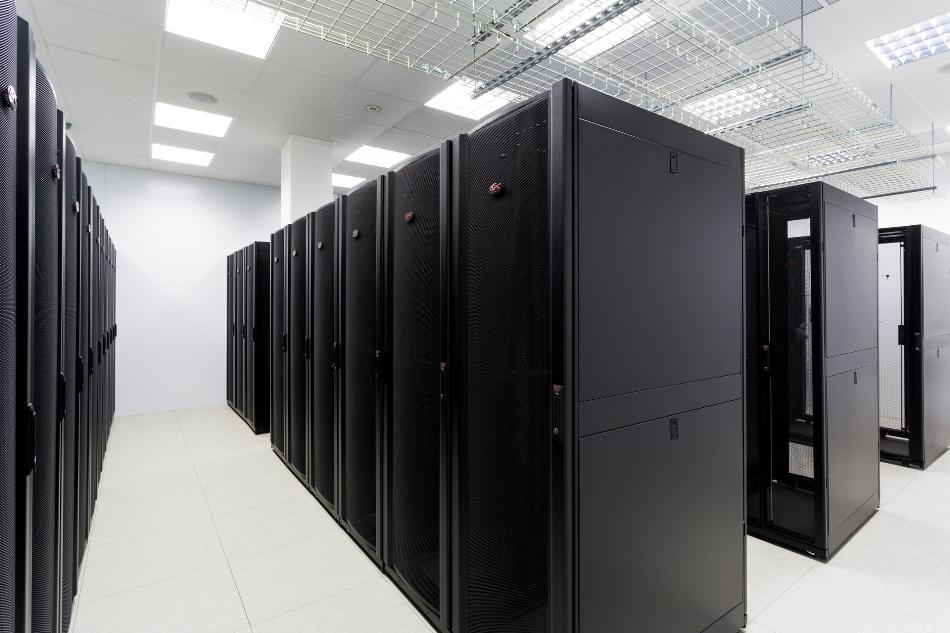 Закон о «персональных данных» приведет к росту объема рынка дата-центров в России? - 1