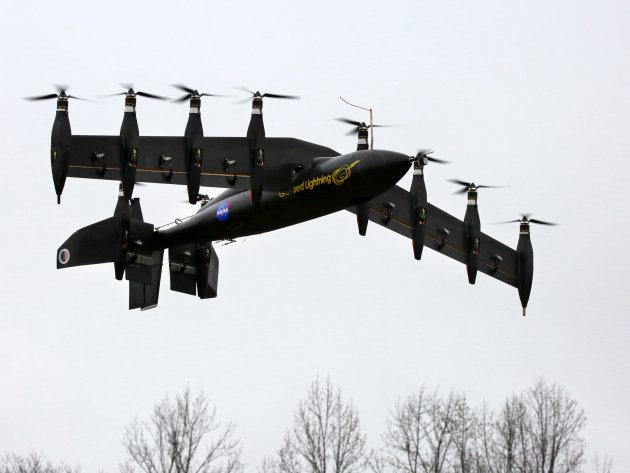 Беспилотник NASA с 10 электродвигателями: эра летающих дронов-трансформеров началась - 1