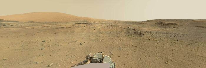 Sol 952: интерактивная панорама Марса (Artists Drive) от Curiosity - 1