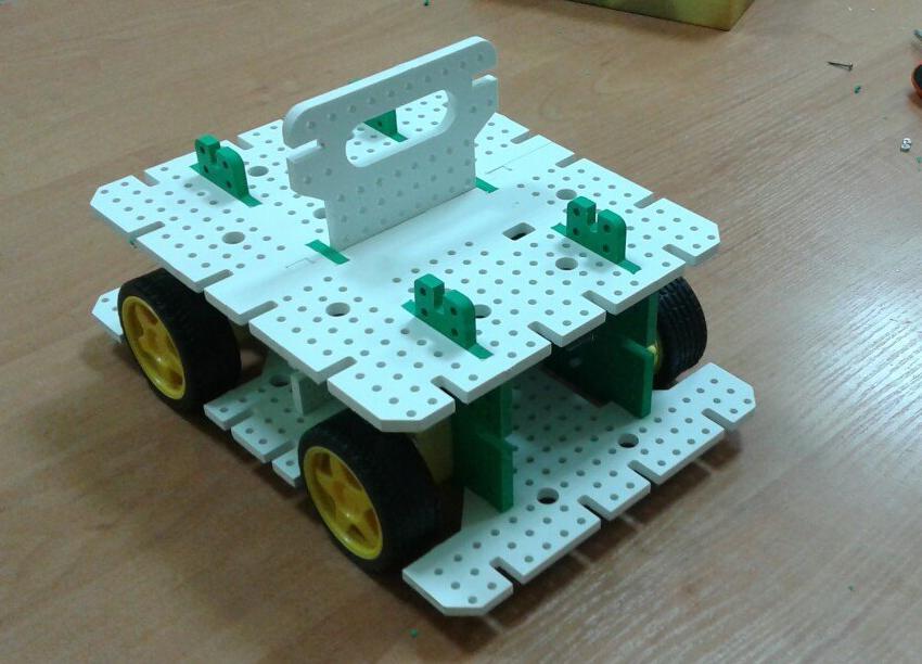 Как мы придумывали конструктор для детской робототехники. #1 - 2