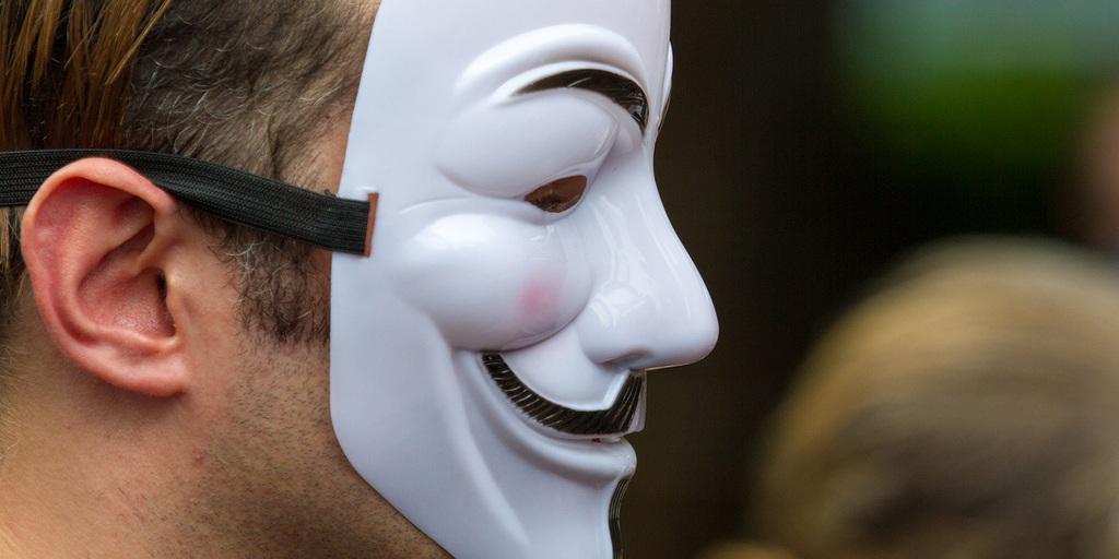 Anonymous и Ко создали ботнет из тысяч домашних и офисных роутеров - 1