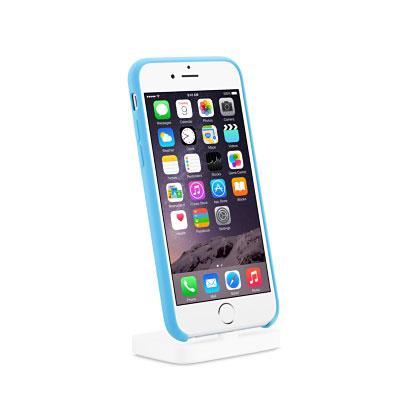 Оснащение дока Apple iPhone Lightning Dock включает аудиовыход