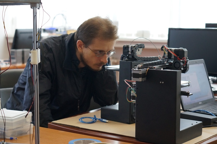 Тест-драйв 3D-принтеров Uni и Mini в Москве: первые впечатления - 2