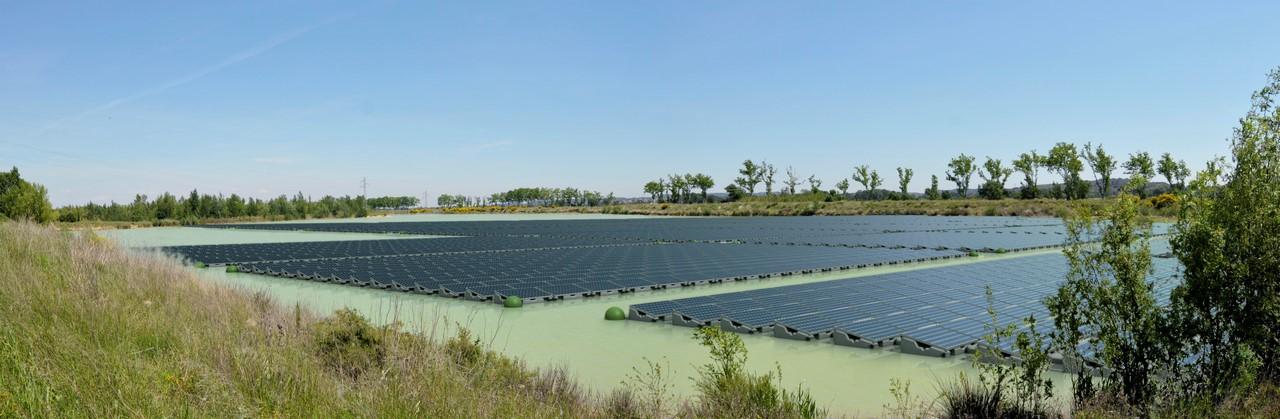 Японцы завершили строительство крупнейшей в мире плавучей солнечной электростанции - 3