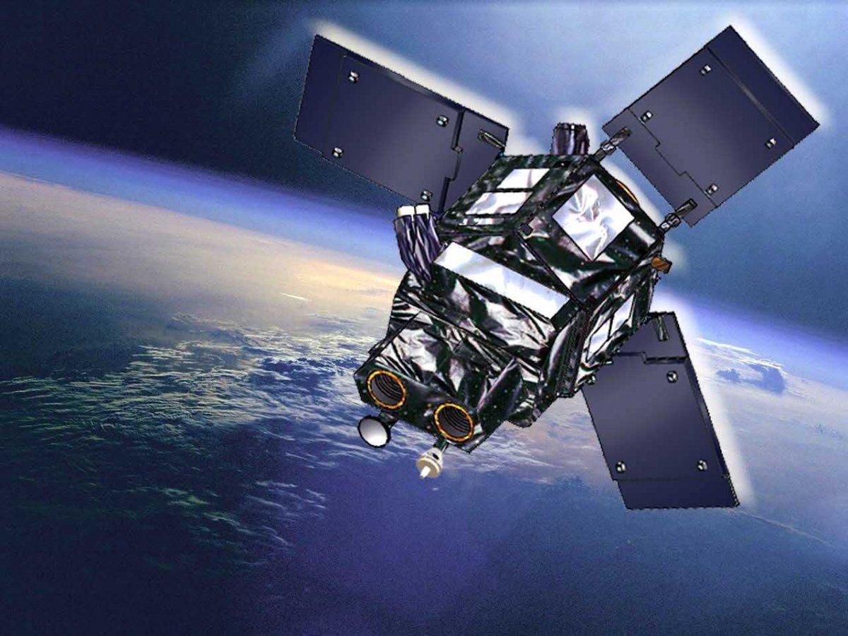Компания Facebook отказалась от планов по запуску спутника связи за $500 млн - 1