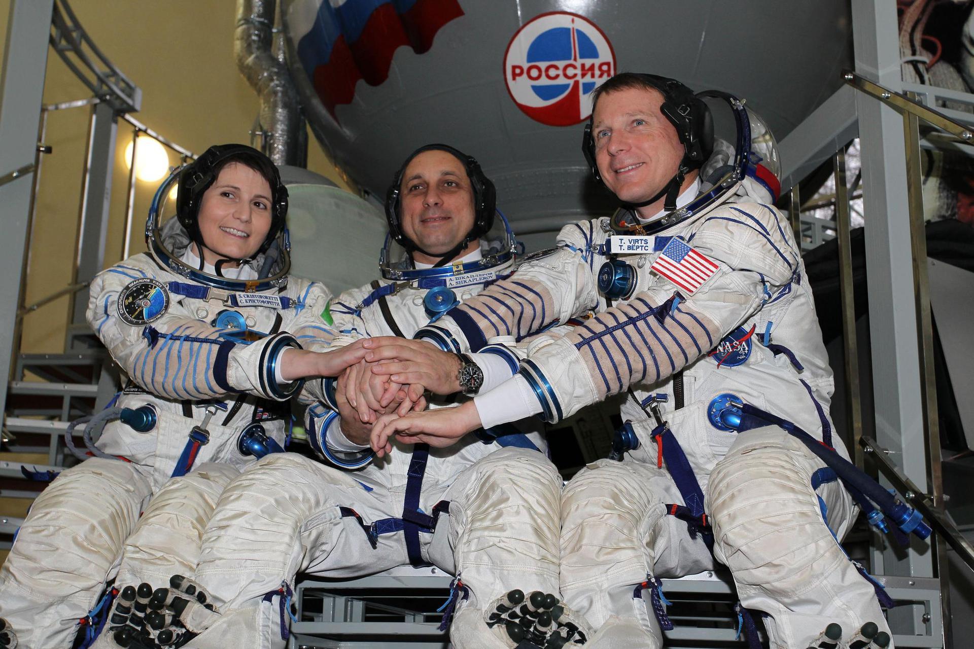 Экипаж «Союза ТМА-15М» вернулся на Землю - 1