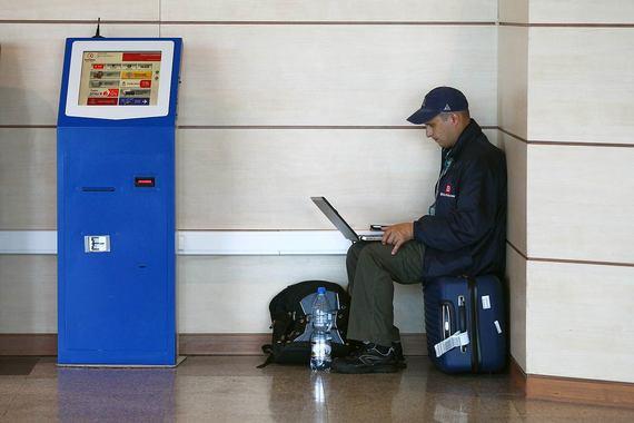 Популярность платежных терминалов в России снижается - 1