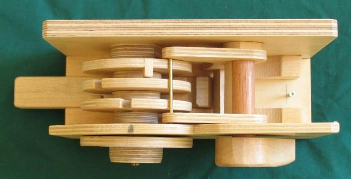 Деревянный кодовый замок - 3