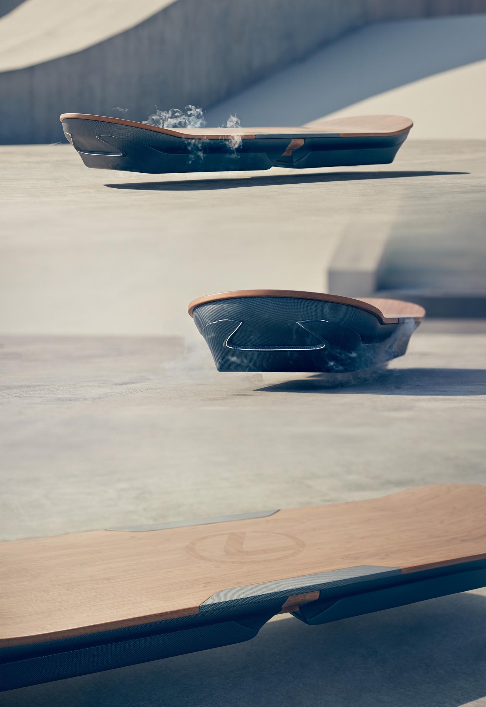 Назад в будущее: Lexus показал работающий Ховерборд - 1