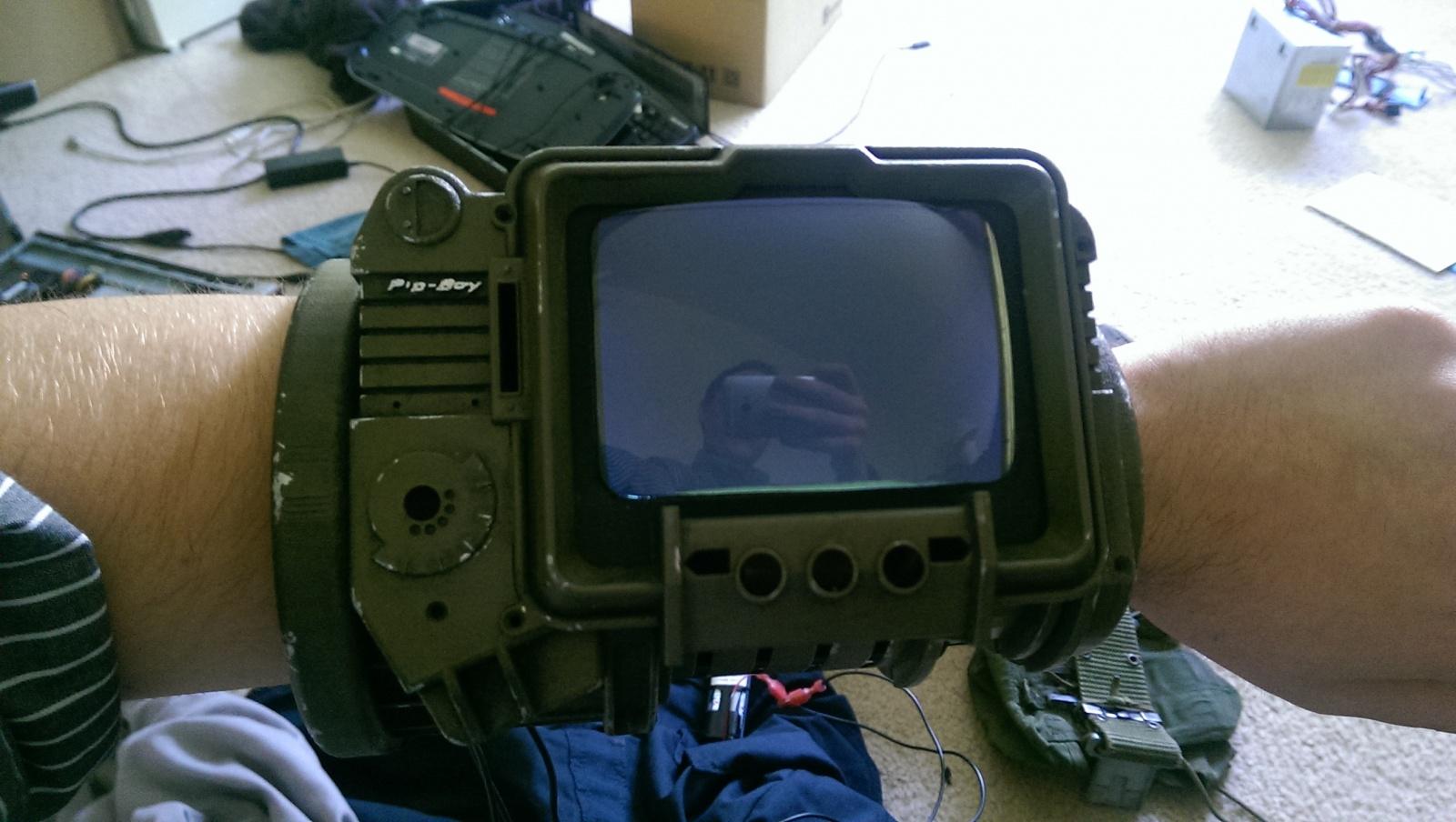 PipBoy из Fallout 3 на Raspberry Pi - 6