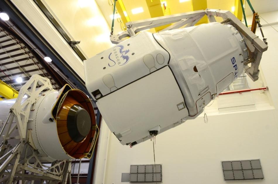 Гадаем о причинах аварии Falcon 9 - 7