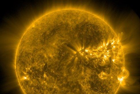Агентству NASA удалось запечатлеть «плевок Сатаны» (Видео)