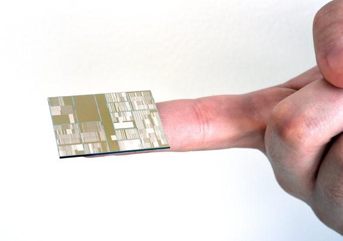 Корпорация IBM представила рабочие прототипы 7-нм чипов - 1