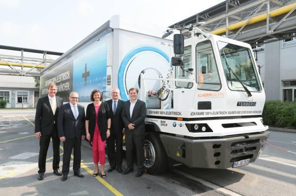 BMW запустила 40-тонный электрический грузовик - 1