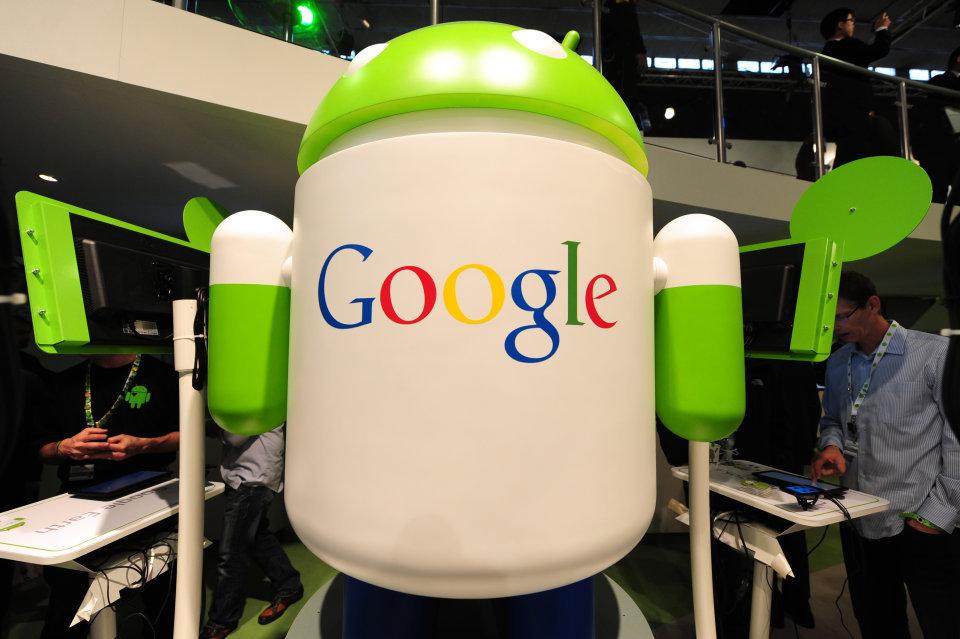 Google продолжает зарабатывать — благодаря мобильникам и YouTube - 1