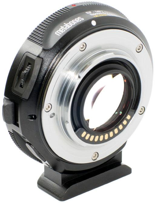 Переходник Metabones Speed Booster Ultra M43 поддерживает автоматическую фокусировку