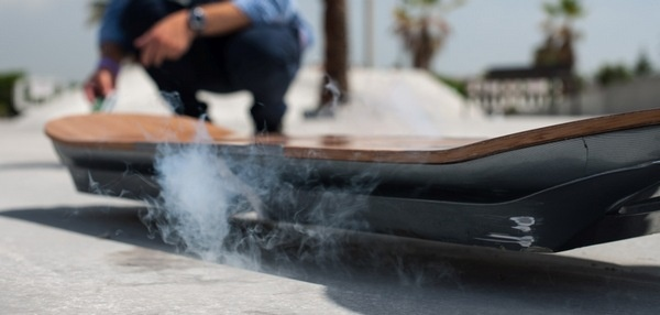 Lexus Hoverboard использует принцип магнитной левитации для движения без трения