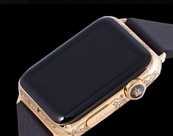 Открывает линейку Apple Watch Epoca Imperia Peter I за 182 тыс. руб.