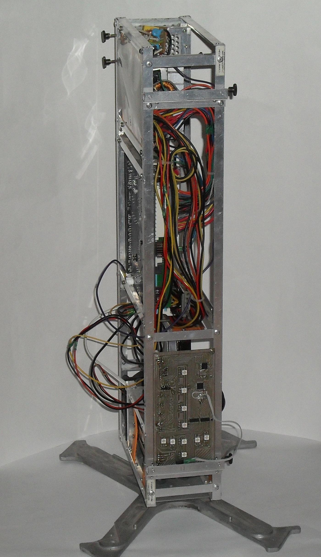 Еще один сервер из подручных средств с претензией на красоту - 28