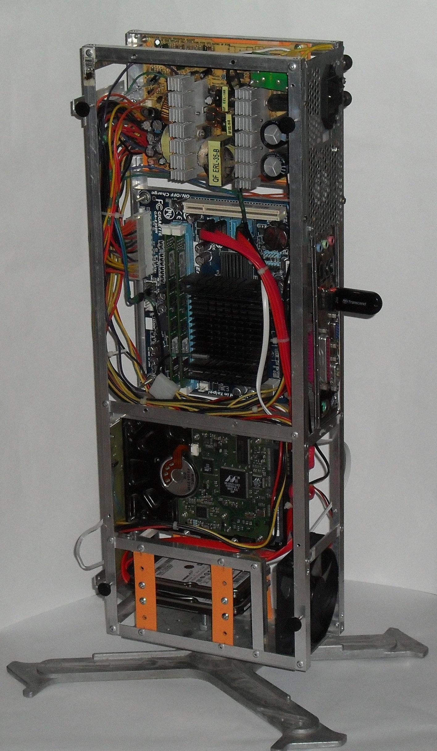 Еще один сервер из подручных средств с претензией на красоту - 31