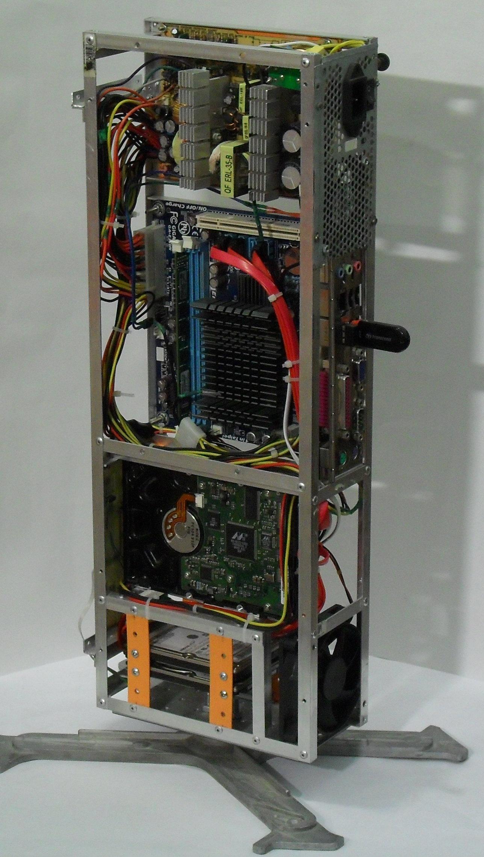Еще один сервер из подручных средств с претензией на красоту - 33