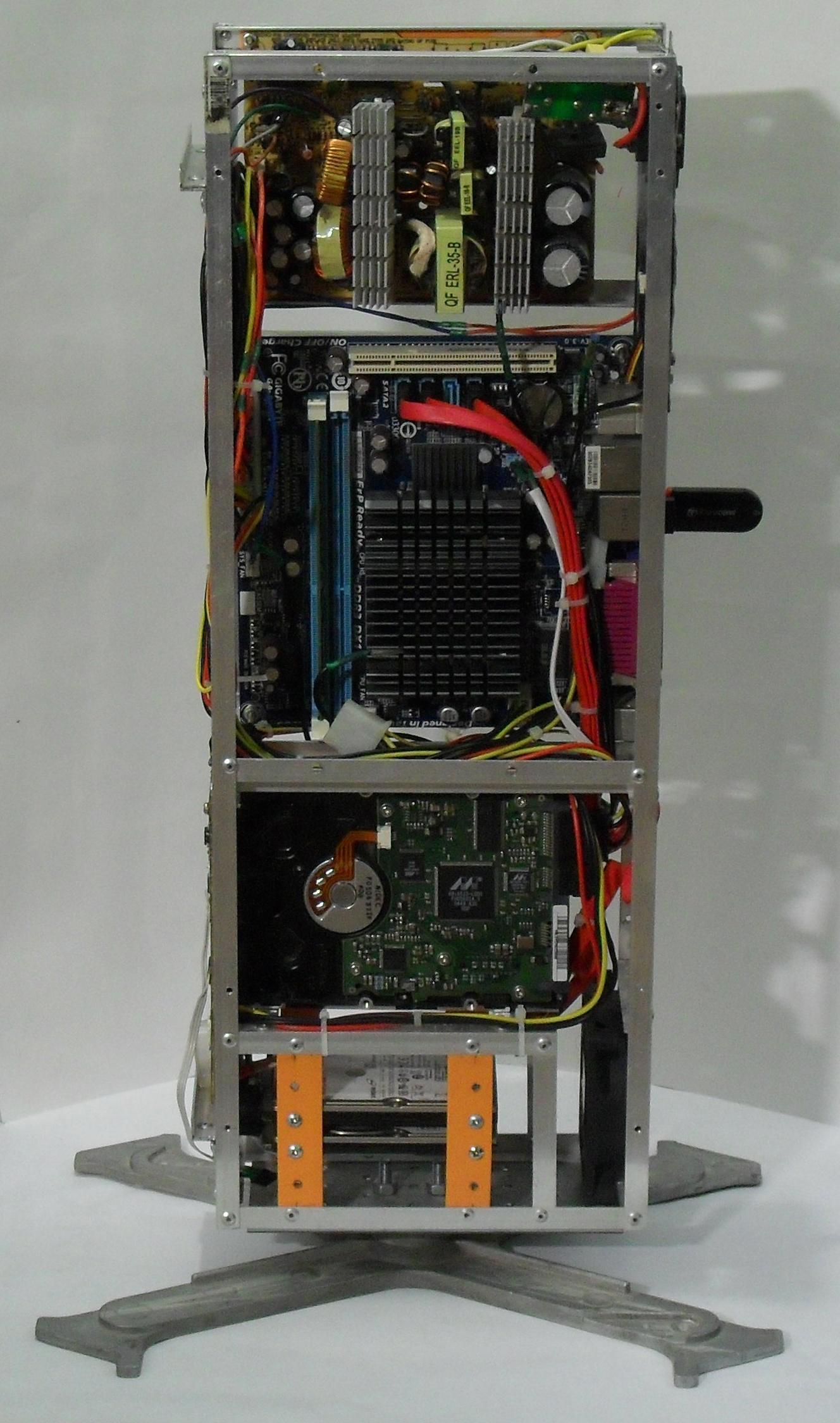 Еще один сервер из подручных средств с претензией на красоту - 34