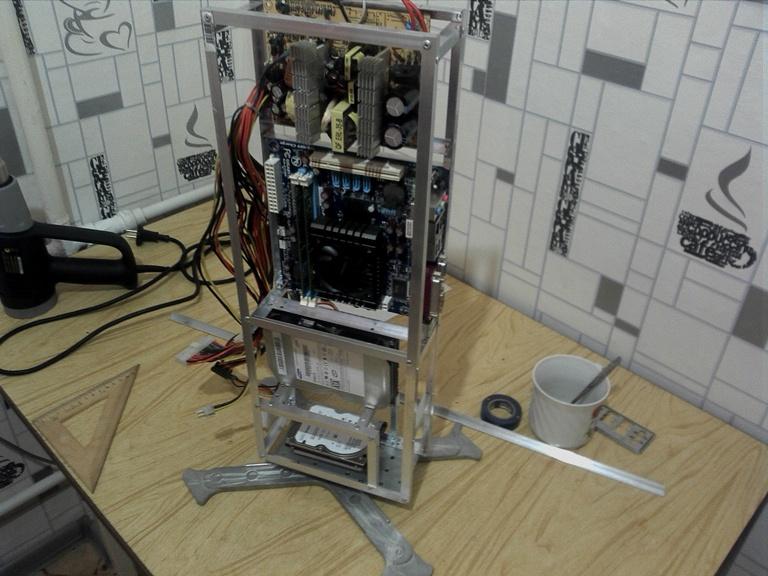 Еще один сервер из подручных средств с претензией на красоту - 5