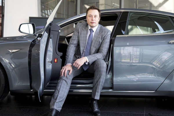 Tesla планирует запустить собственный сервис по перевозке пассажиров
