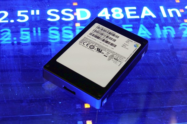 Ёмкость SSD Samsung PM1633a превышает 15 ТБ