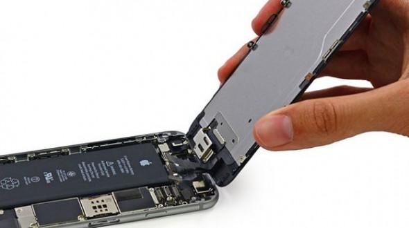 Компактный топливный элемент удалось разместить в родном корпусе iPhone 6, не меняя его размер и форму
