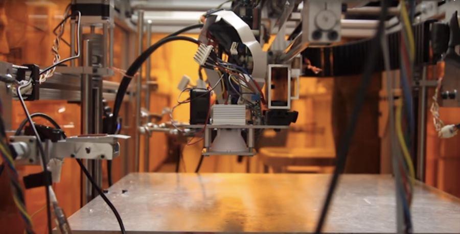 В MIT разработали новый принтер, который может печатать 10 материалами одновременно - 1