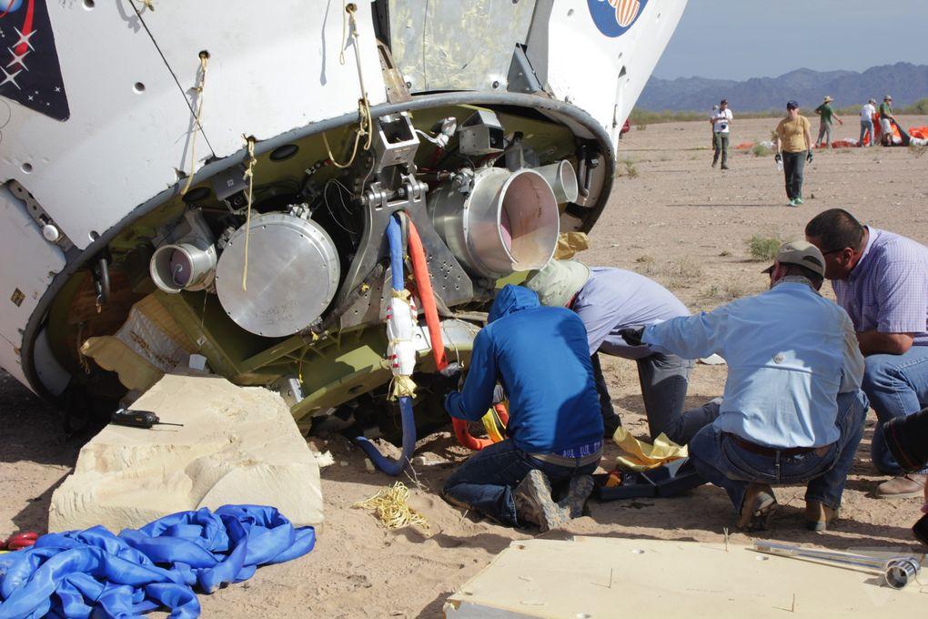 Космический корабль в пустыне: как прошло приземление капсулы Orion? - 13