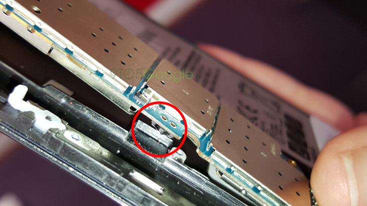 Разборка позволила понять, что происходит, если вставить перо в смартфон Samsung Galaxy Note5 задом наперед - 2