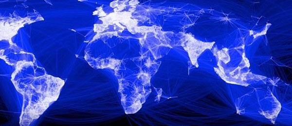 В понедельник каждый седьмой житель планеты использовал Facebook для связи с друзьями и членами семьи
