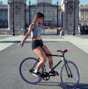 Стойка на велосипеде смутила робомобиль Google - 1