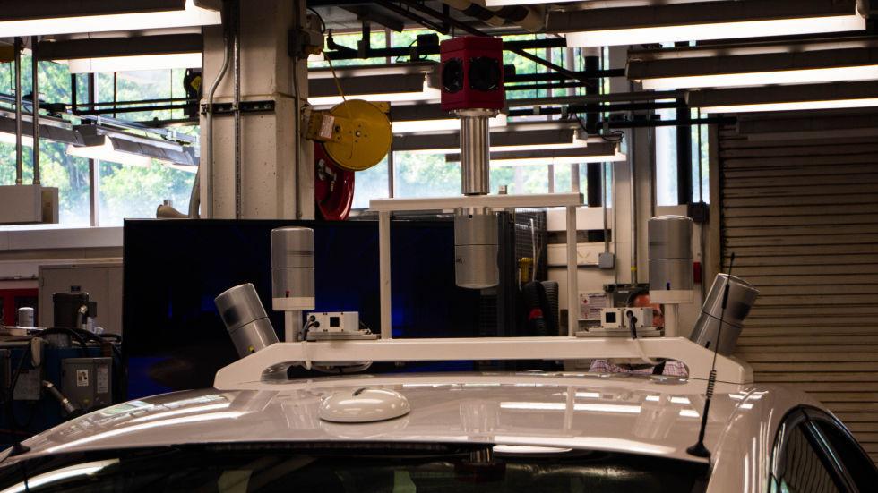 Лицом к лицу самоуправляемым автомобилем Fusion Hybrid от Ford - 5