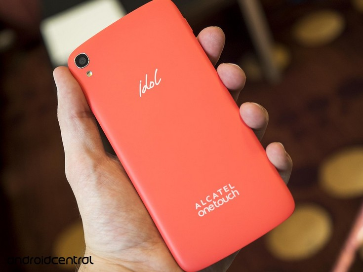 Смартфон Alcatel OneTouch Idol 3 будет доступен в различных цветовых вариантах