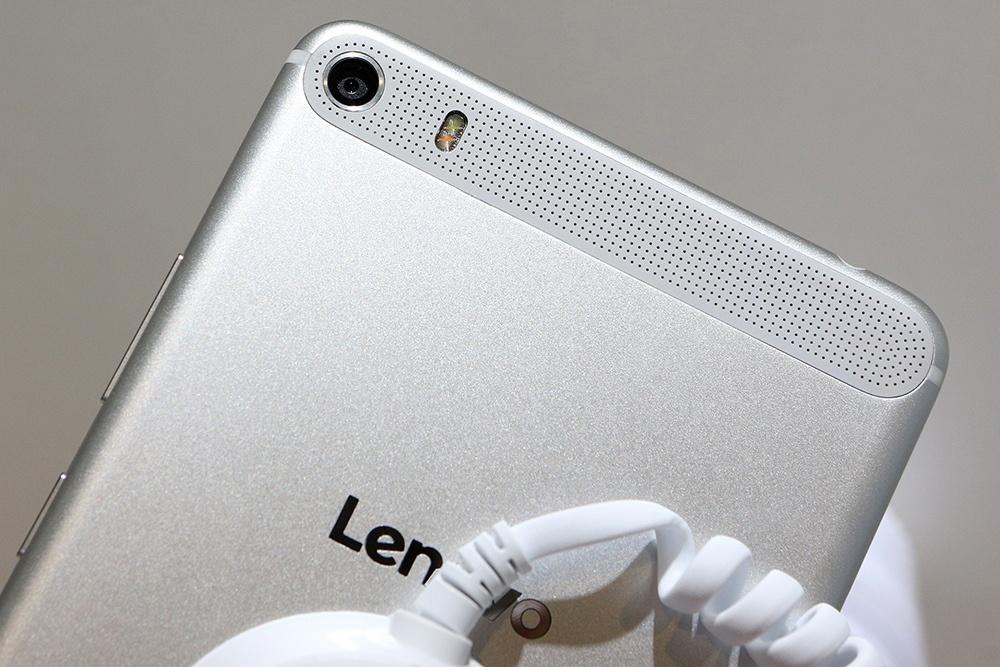 PHAB Plus на IFA 2015: первый взгляд на первый фаблет Lenovo - 5