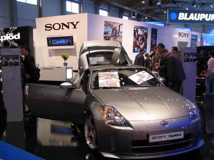 Глава Sony не отрицает, что компания может стать автопроизводителем
